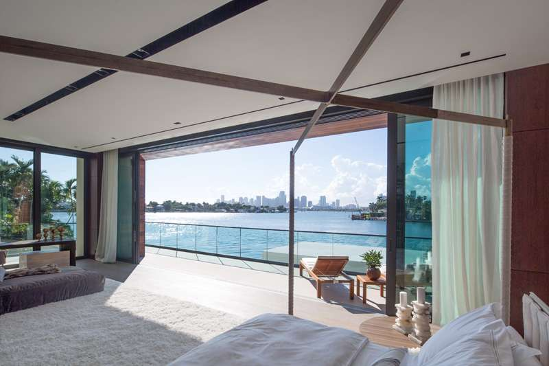 Buyer of $22M Venetians mansion revealed as WhatsApp investor